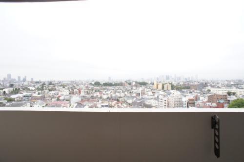 プライムメゾン江古田の杜 イースト 909
