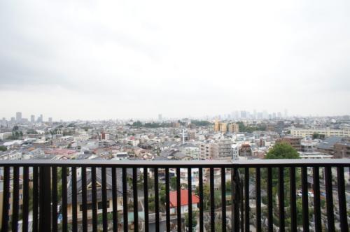プライムメゾン江古田の杜 イースト 904
